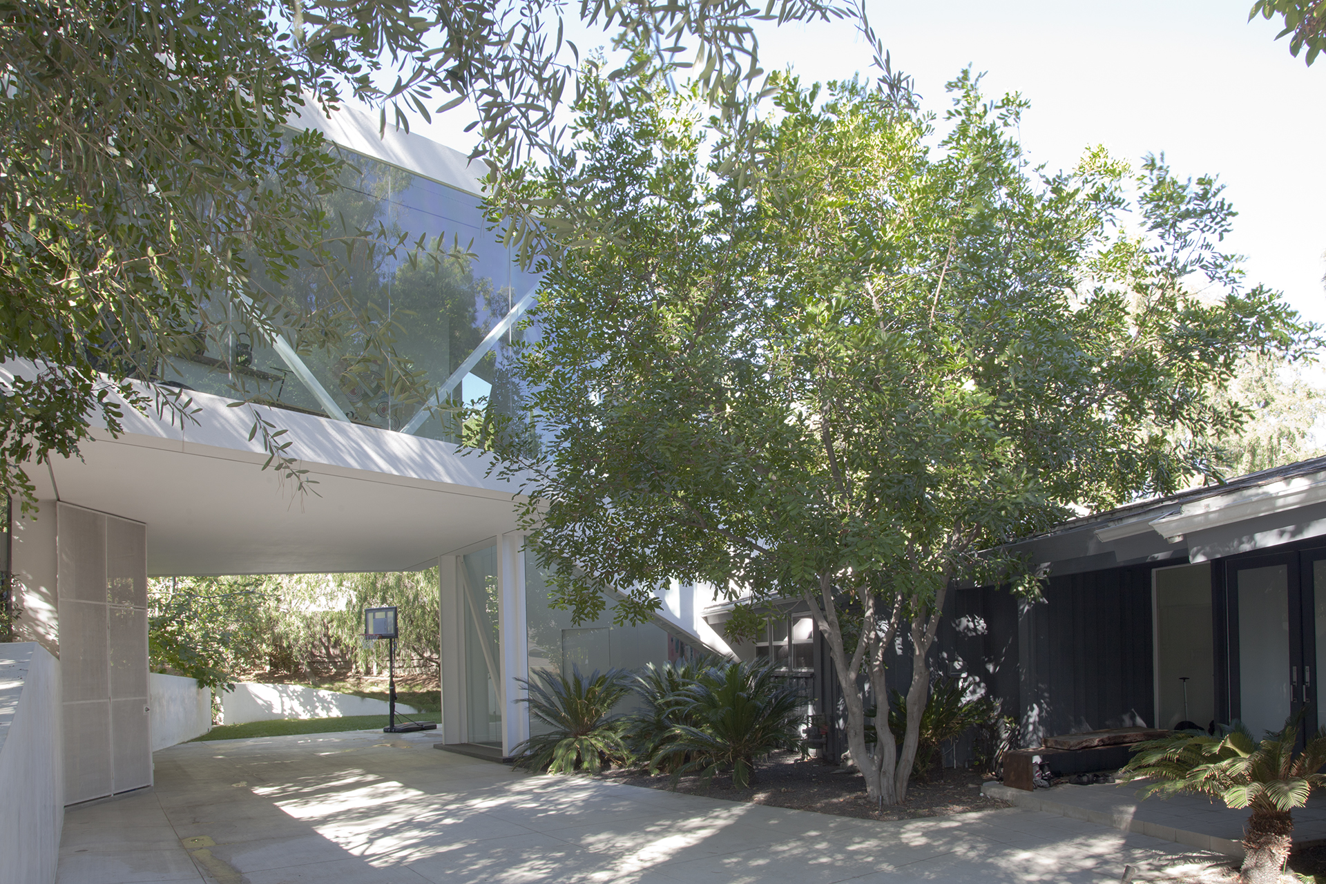 sapphire gallery | los angeles | xten architecture
